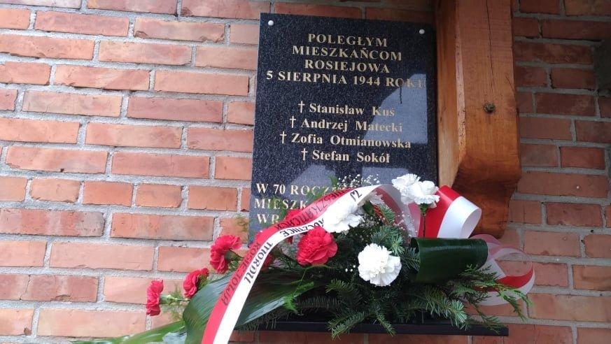 Msza w intencji pomordowanych w sierpniu 1944 r. mieszkańców Rosiejowa
